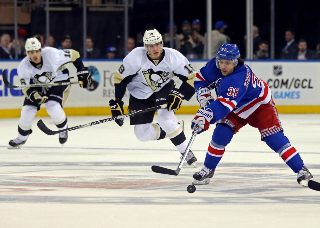 Mats Zuccarello gets dealt from the New York Rangers to the Dallas Stars