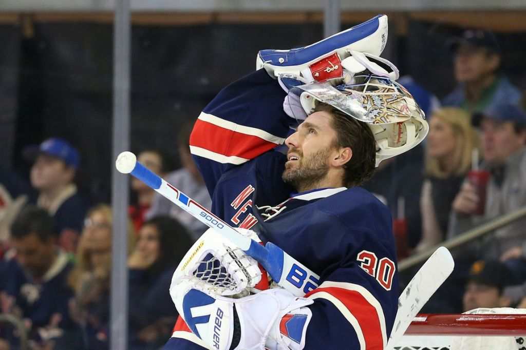 Henrik Lundqvist announced this week that he won't play in during the 2020-21 NHL season due to a heart condition. This isn't the way his career should end.