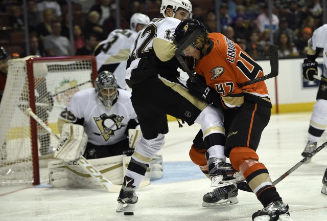 Hamhuis Lindholm and the Pittsburgh Penguins