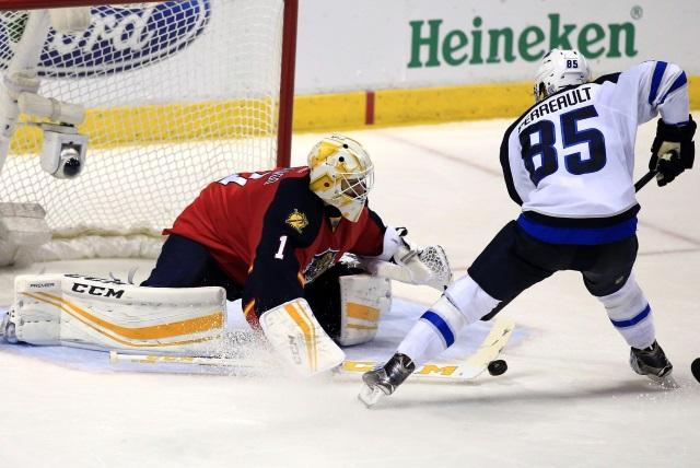 NHL News: Devils Sign Palmieri     Jets Sign Perreault