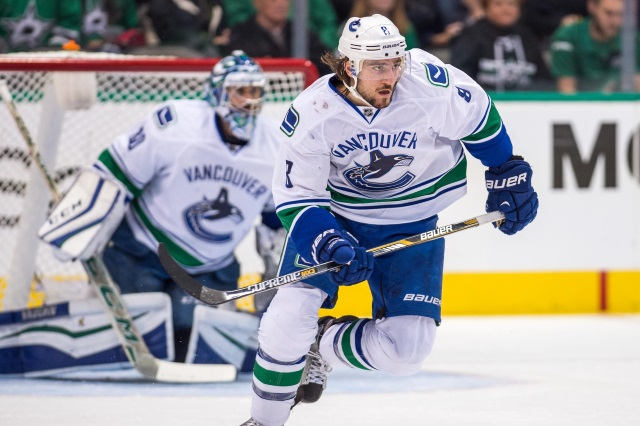 The Vancouver Canucks don t want to move Chris Tanev 069170629