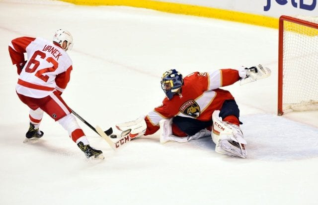 The Detroit Red Wings have traded Thomas Vanek to the Florida Canadiens