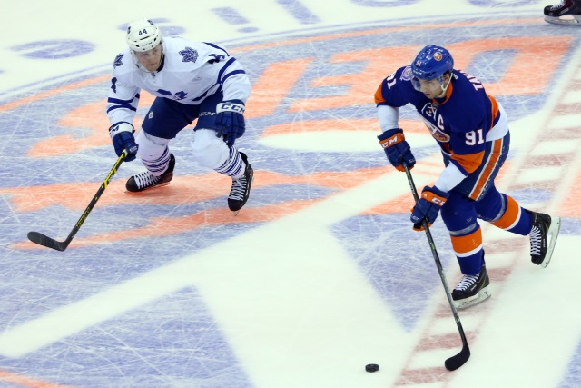 TSN's Craig Button thinks the Toronto Maple Leafs should sign John Tavares to a one-year deal if he hits the free agent market next offseason