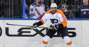 Philadelphia Flyers GM Ron Hextall plans to talk to Wayne Simmonds' reps soon.