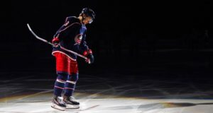 The Columbus Blue Jackets are going to have to make a tough decision on what to do with pending free agents Artemi Panarin and Sergei Bobrovsky.