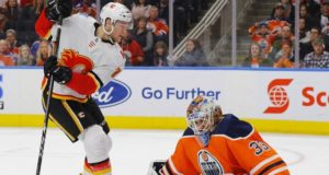 The Calgary Flames are reportedly signing goaltender Cam Talbot.