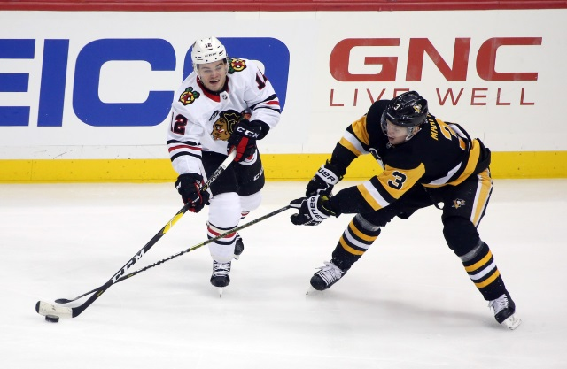 Blackhawks acquire D Maatta in trade with Penguins