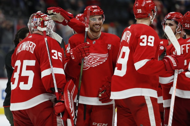 NHL Early Look: Detroit Red Wings Caught in Winds of Change