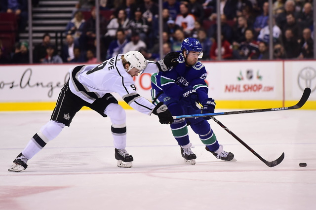 The Los Angeles Kings sign defenseman Ben Hutton