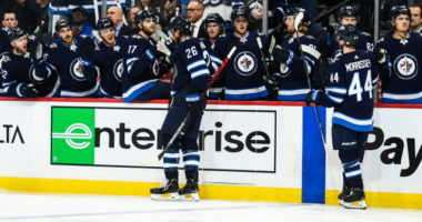 Blake Wheeler records his 700th NHL point. The third player to do so from the 2004 NHL draft.