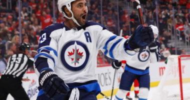 How can the Winnipeg Jets replace defenseman Dustin Byfuglien?