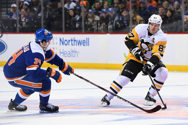 Sidney Crosby left last night's game with a foot injury.