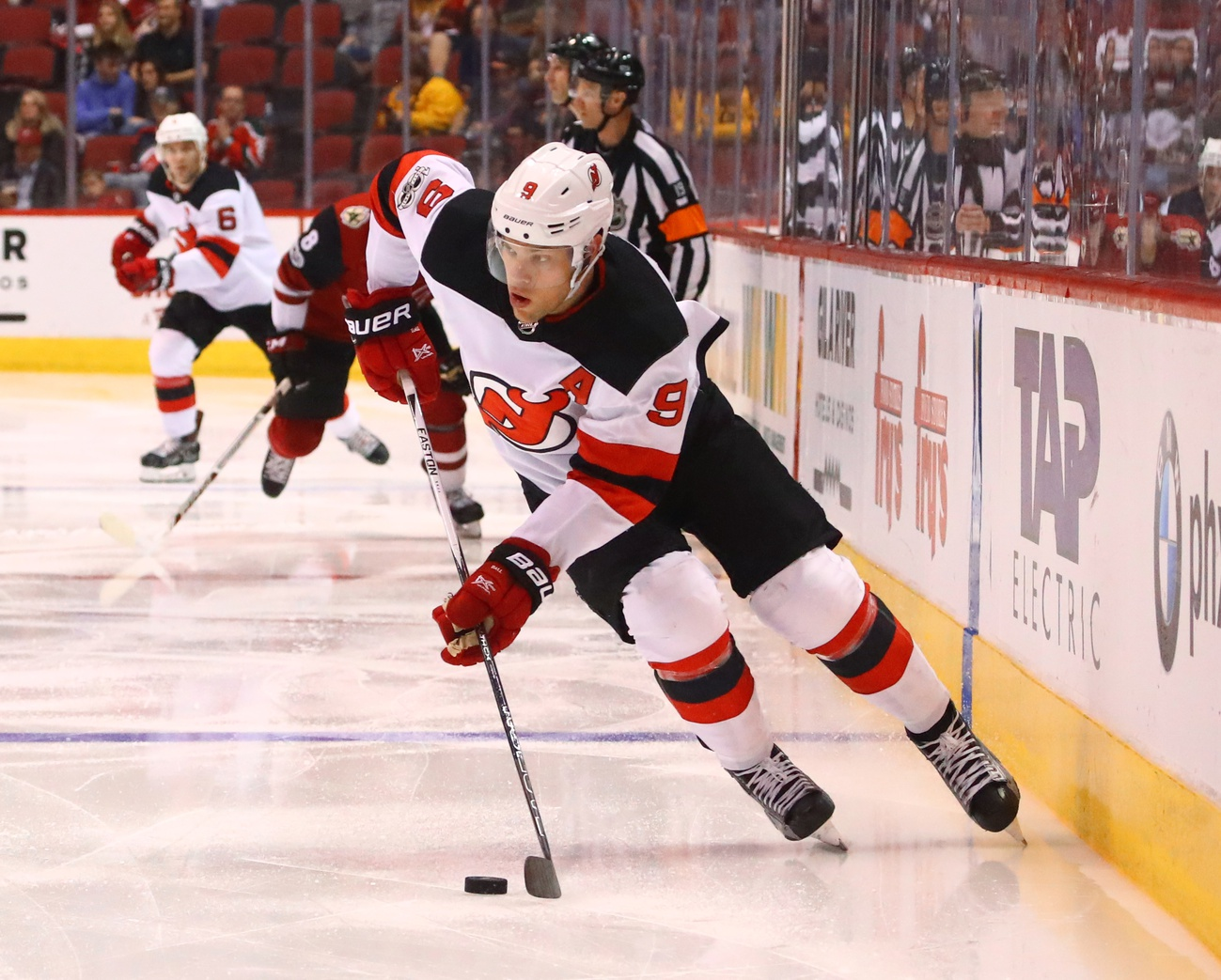 Nhl Trade The New Jersey Devils Trade Taylor Hall To The Arizona Coyotes Nhl Rumors