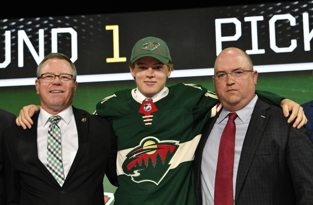 Minnesota Wild 2018 first-round pick Filip Johansson signed a two-year contract with Frolunda.