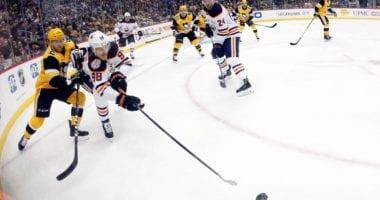 Edmonton Oilers notes involving Jesse Puljujarvi, Mike Green, Dmitri Samorukov, and Kris Russell