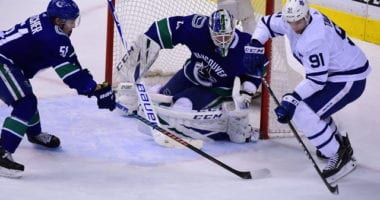 Canucks still working on Jacob Markstrom, don't qualify Troy Stecher. Sharks GM on their UFAs. Quick hits by TorontoMaple Leafs GM Dubas.