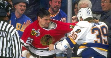 Talking to former NHL player Stu Grimson and sharing some of his childhood memories about playing hockey.