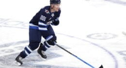 Blackhawks sign Henrik Borgstrom. Patrik Laine happy season is over. Paul Stastny plays in his 1,000th game
