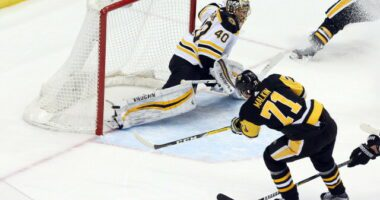 Three Pittsburgh Penguins could get extensions. Toronto Maple Leafs holding cap space for now. Tuukka Rask uncertainty lead to Linus Ullmark.