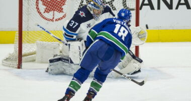 The Kraken sign Dennis Cholowski. Jake Virtanen headed to the KHL. Jake Gardiner needs surgeries. The Senators extend GM Pierre Dorion.