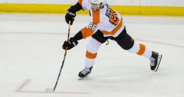 Penguins sign Louis Domingue. The Sabres re-sign Henri Jokiharju and Casey Mittelstadt. The Flyers extend Joel Farabee.