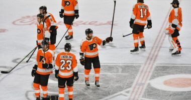 2021-22 Philadelphia Flyers season primer: salary cap projections, offseason moves, roster, 2021-22 free agents, 2022 draft picks, schedule.